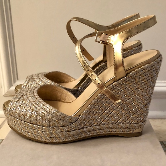 cf3be1204de Jimmy Choo Shoes - Jimmy Choo Silver   Gold Perla Dore Wedge